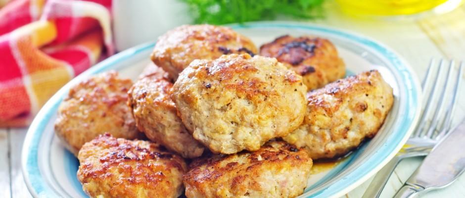 Mięso mielone przepisy na kotlety z pieczarkami
