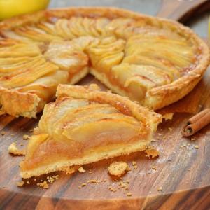Tarta z owocami jesieni: jabłka